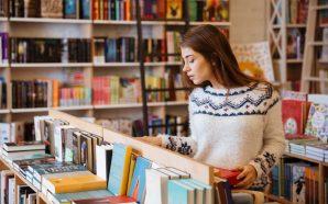 Dlaczego w internetowych księgarniach kupimy tańsze książki?
