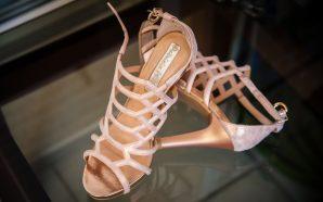Jak dobrać sandały do kształtu nóg?