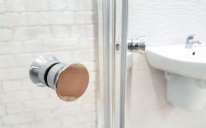 Drzwi do kabiny prysznicowej