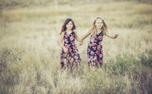 Sukienki dziewczęce – trendy jesień/zima 2018