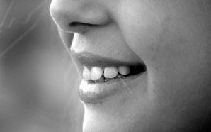 Odbudowa zęba za pomocą implantu