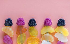 Galaretka z owocami – prosty i szybki przepis na deser