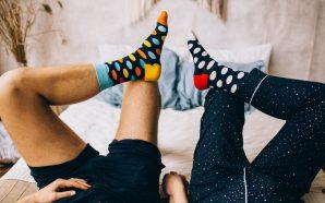 Skarpetki męskie – stonowane czy efektowne printy?