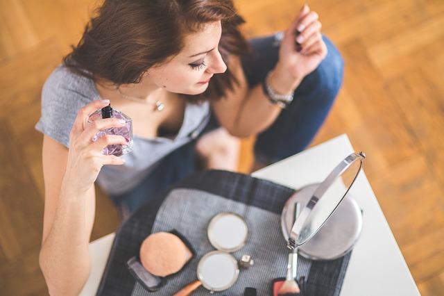 Trwałość perfum, a pH skóry