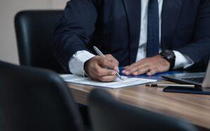 Jak znaleźć dobrego adwokata prawa pracy?